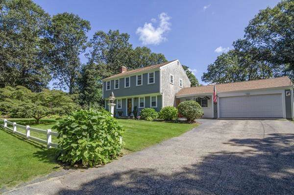 54 Stoney Cliff Road, Barnstable, MA 02632 (MLS #72567706) :: Spectrum Real Estate Consultants