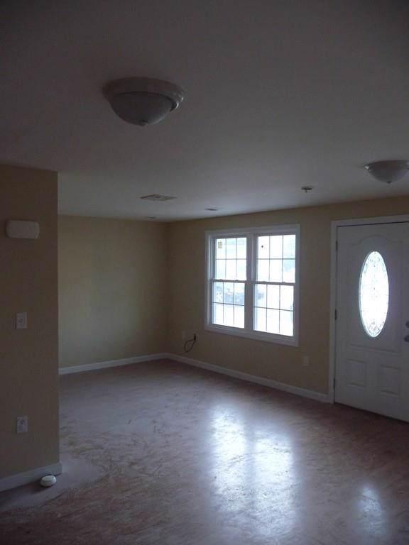 135 Seaman Street B, Providence, RI 02908 (MLS #72567864) :: Spectrum Real Estate Consultants