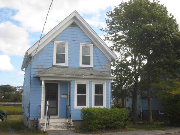 19 Essex Ave, Gloucester, MA 01930 (MLS #72567886) :: The Muncey Group