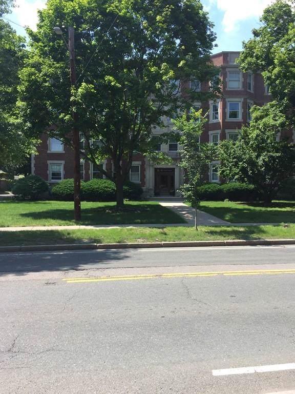 135 Pleasant St #6, Arlington, MA 02476 (MLS #72568031) :: Compass Massachusetts LLC