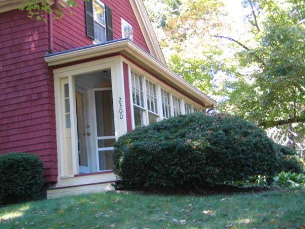 2300 Washington St, Canton, MA 02021 (MLS #72568768) :: DNA Realty Group