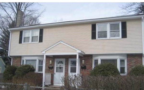 627 Westford St, Lowell, MA 01851 (MLS #72568819) :: Vanguard Realty