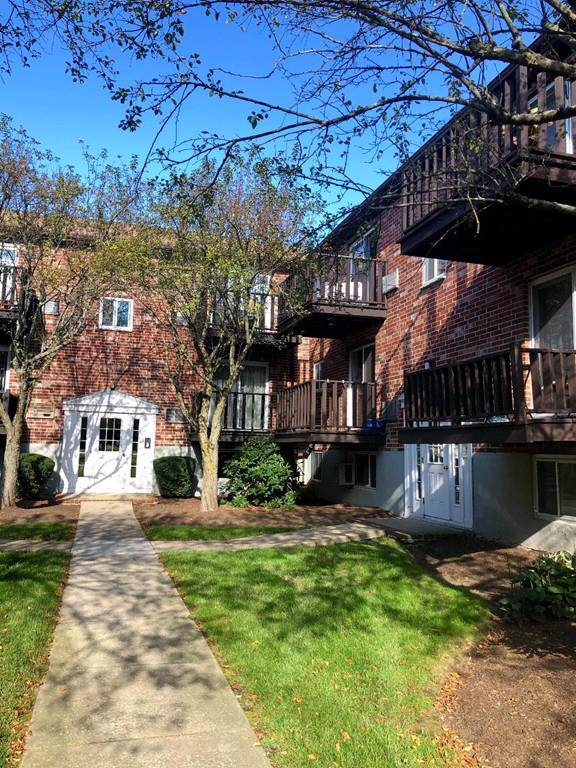 42 Westgate Rd #5, Boston, MA 02132 (MLS #72571272) :: The Gillach Group