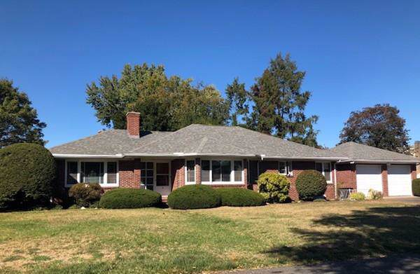 7 Radcliffe St, Holyoke, MA 01040 (MLS #72573370) :: Trust Realty One