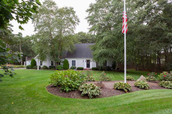 459 Old Chatham, Dennis, MA 02660 (MLS #72576142) :: Kinlin Grover Real Estate