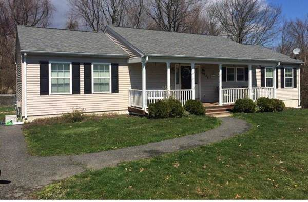 550 South Street, Somerset, MA 02726 (MLS #72576558) :: Exit Realty