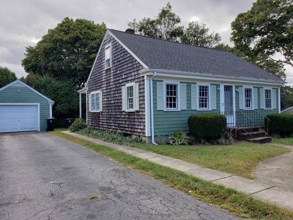 22 Lasca St, Dartmouth, MA 02747 (MLS #72577173) :: Welchman Torrey Real Estate Group