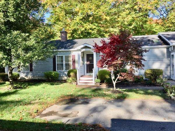 7202 Island Drive, Middleboro, MA 02346 (MLS #72579995) :: Driggin Realty Group