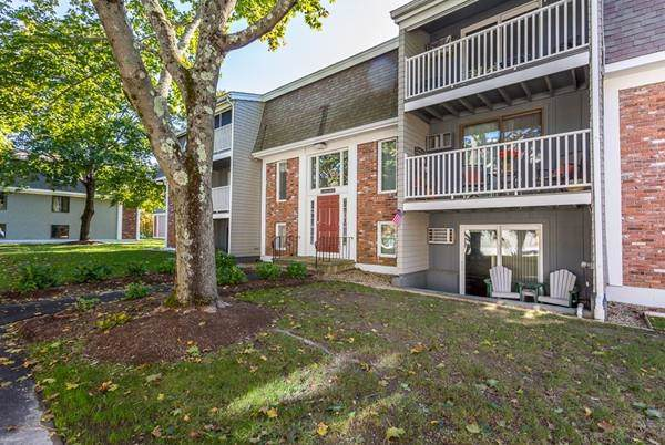 220 Bedford St #29, Bridgewater, MA 02324 (MLS #72580040) :: Driggin Realty Group
