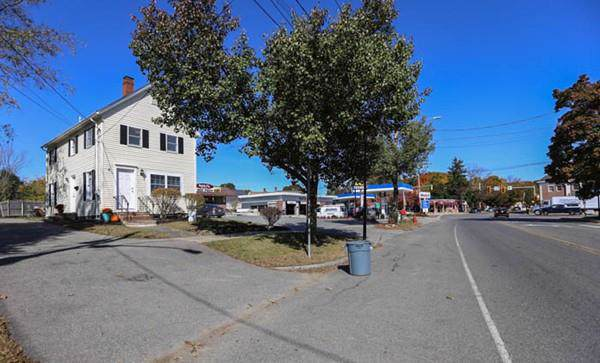 11 Central St, Georgetown, MA 01833 (MLS #72580098) :: Driggin Realty Group