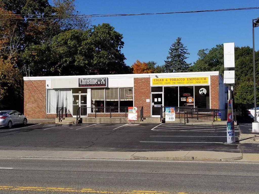 967 Washington St - Photo 1