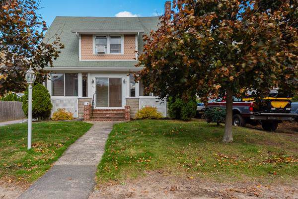 83 Green Street, Rockland, MA 02370 (MLS #72582269) :: The Muncey Group