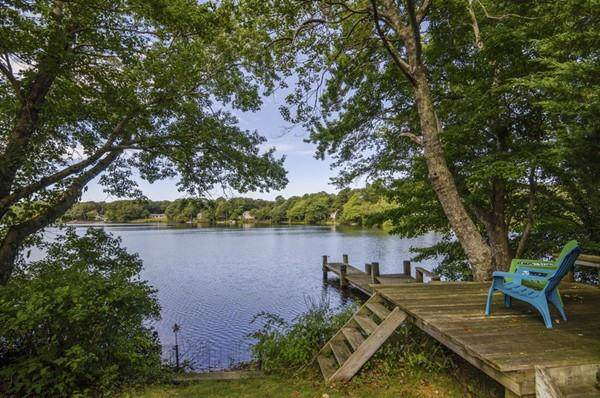 99 Pond View Dr, Barnstable, MA 02632 (MLS #72582362) :: Welchman Torrey Real Estate Group