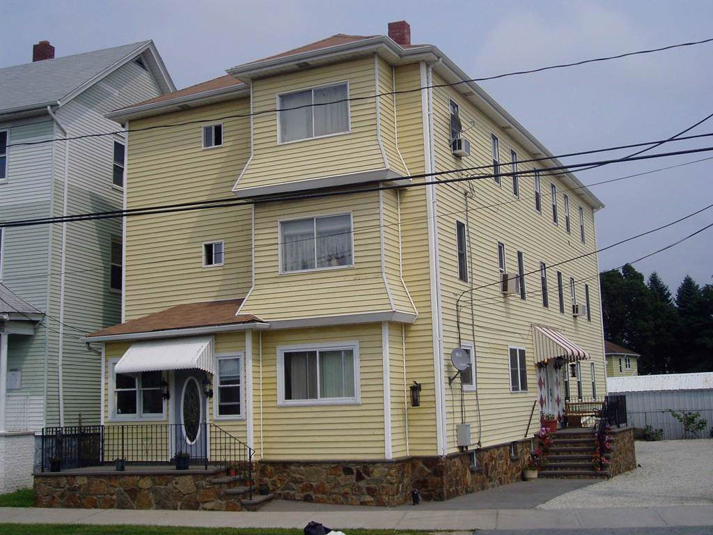 1016 Eastern Ave - Photo 1