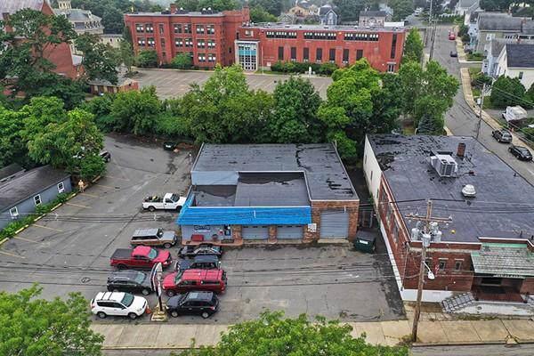 50 Lowell Street, Peabody, MA 01960 (MLS #72583263) :: Maloney Properties Real Estate Brokerage