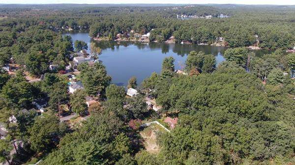 21 Lakeside, Hudson, MA 01749 (MLS #72583490) :: Charlesgate Realty Group