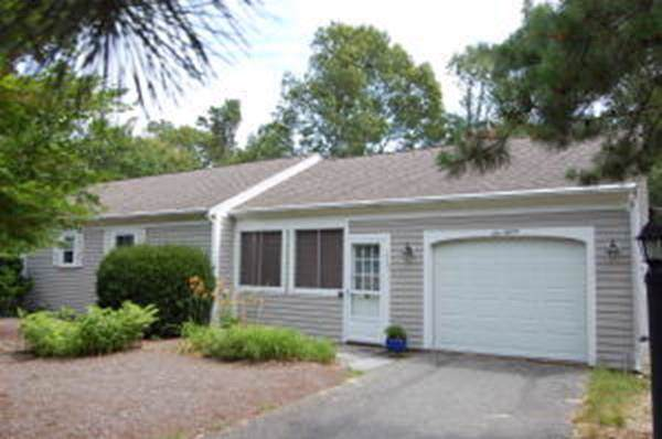 115 Captain Bacon Rd, Yarmouth, MA 02664 (MLS #72584746) :: Exit Realty