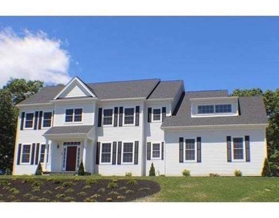 7 Boyden Lane, Walpole, MA 02081 (MLS #72587576) :: Primary National Residential Brokerage