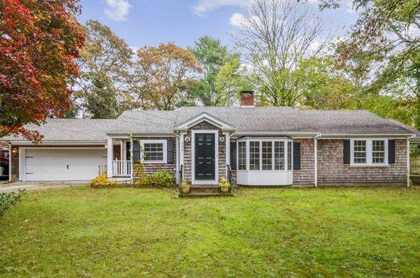 606 Old Stage Rd, Barnstable, MA 02632 (MLS #72587660) :: DNA Realty Group