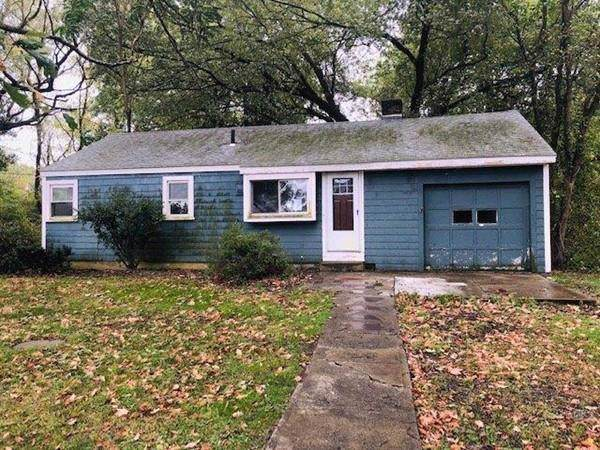 437 N Wheaton Ave - Photo 1