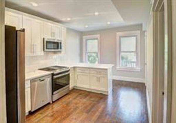 326 Chelsea #2, Boston, MA 02128 (MLS #72589195) :: The Muncey Group