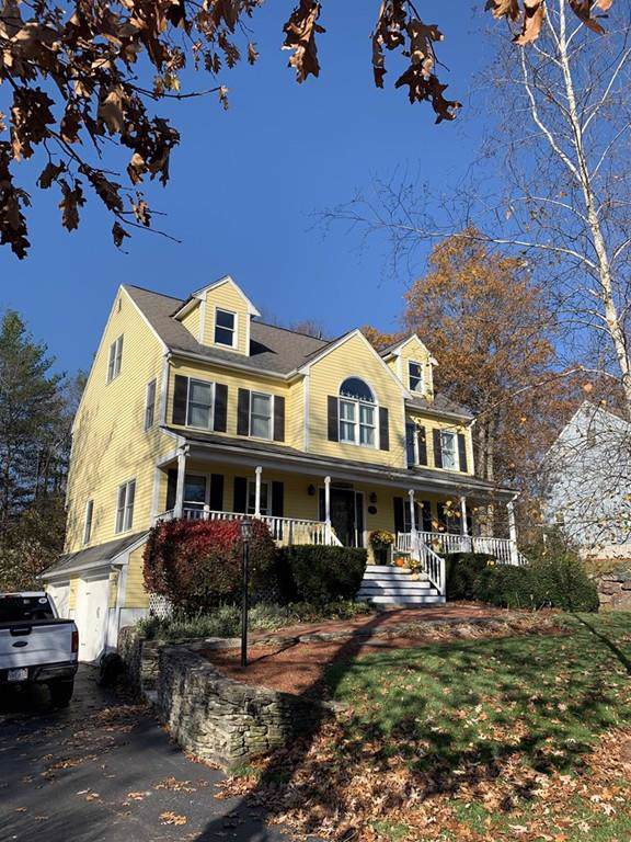 32 Whitman Ln, North Attleboro, MA 02760 (MLS #72590872) :: Anytime Realty