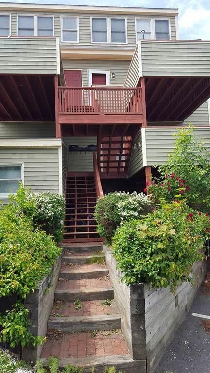 36 Friend Street B, Amesbury, MA 01913 (MLS #72591836) :: Westcott Properties
