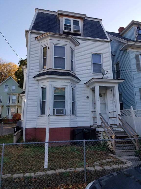 79 Cedar St, Haverhill, MA 01830 (MLS #72592420) :: Kinlin Grover Real Estate