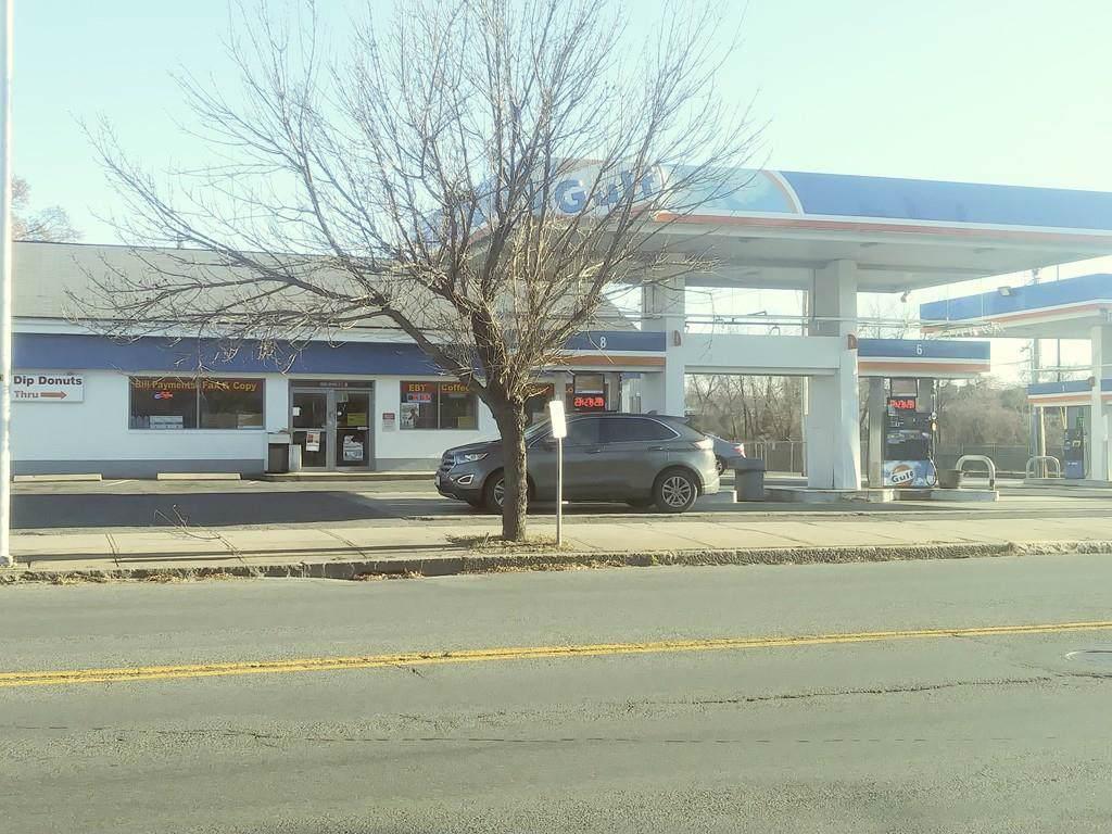 636 Main Street - Photo 1