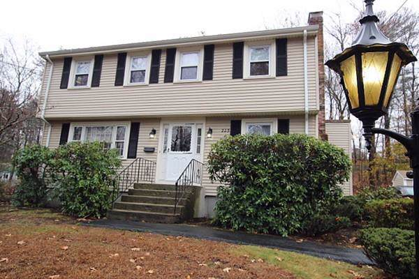 225 Billings St, Sharon, MA 02067 (MLS #72594867) :: Primary National Residential Brokerage