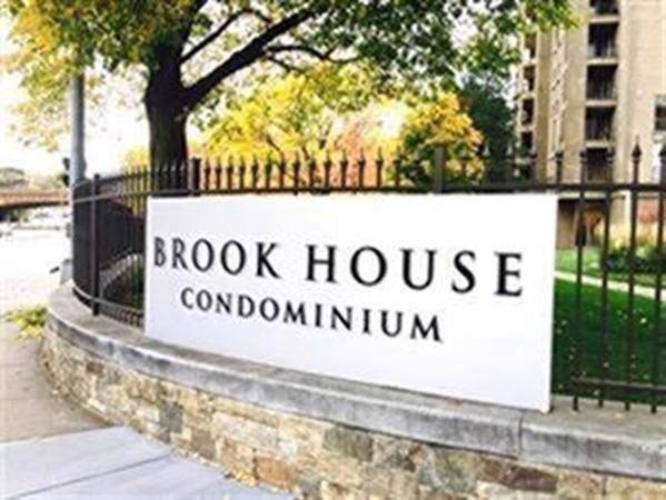 99 Pond Ave #607, Brookline, MA 02445 (MLS #72596909) :: Conway Cityside