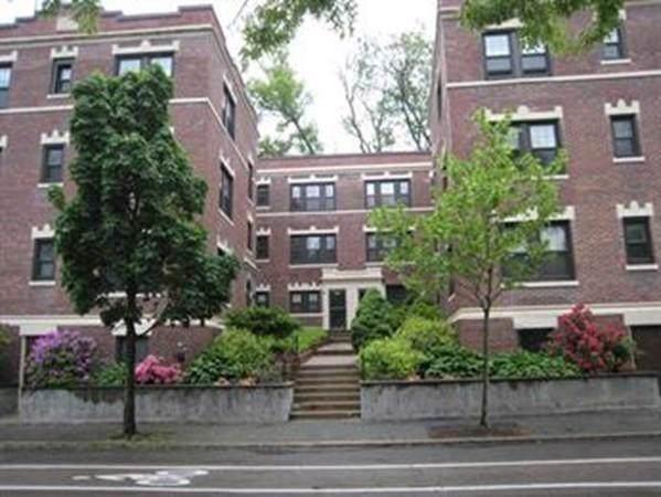 588 Washington St A, Brookline, MA 02446 (MLS #72598991) :: Berkshire Hathaway HomeServices Warren Residential