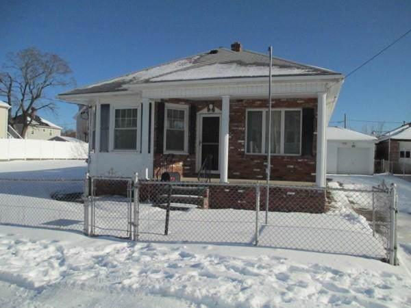27 Dorman Avenue, Pawtucket, RI 02860 (MLS #72600132) :: DNA Realty Group