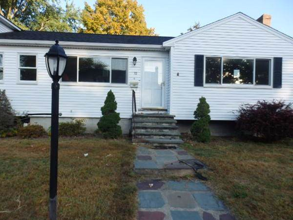 72 Woodland Rd, Norwood, MA 02062 (MLS #72600332) :: The Muncey Group