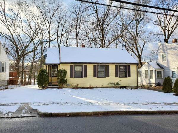 120 Deforest St, Boston, MA 02131 (MLS #72602493) :: The Muncey Group