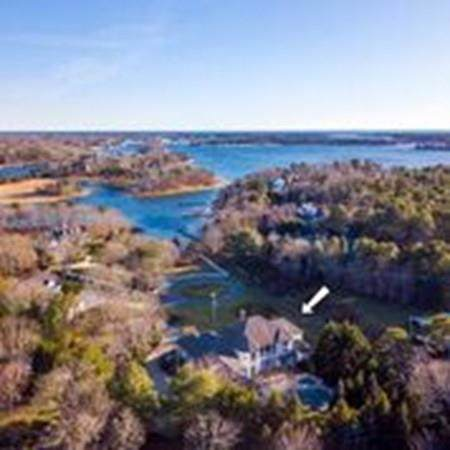 505 Baxters Neck Road, Barnstable, MA 02648 (MLS #72602981) :: Kinlin Grover Real Estate