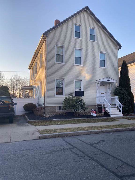 319 Park St, New Bedford, MA 02740 (MLS #72609174) :: Charlesgate Realty Group