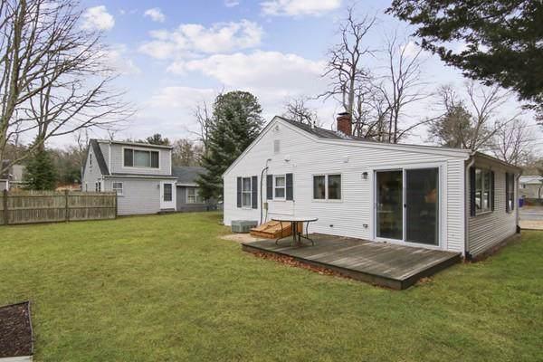 8 Freeman St, Bourne, MA 02532 (MLS #72609373) :: The Duffy Home Selling Team