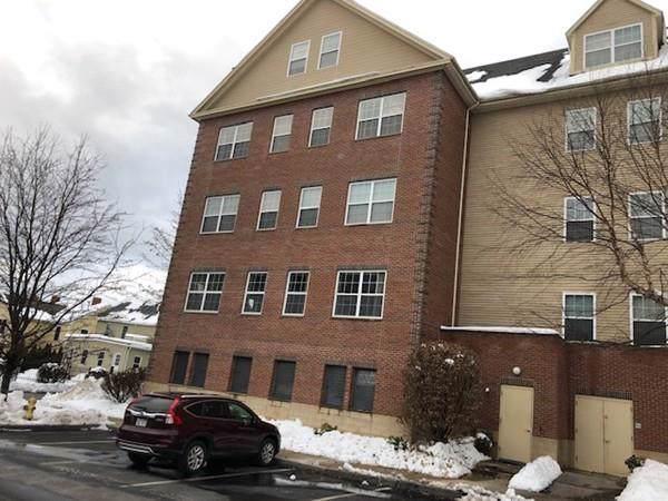 1 Powder Mill Sq #301, Andover, MA 01810 (MLS #72609915) :: Westcott Properties