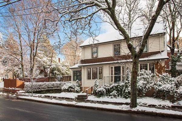 98 Clark Road, Brookline, MA 02445 (MLS #72610277) :: Spectrum Real Estate Consultants