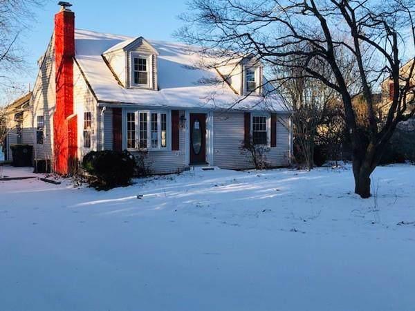 29 Hattie Ave, Smithfield, RI 02828 (MLS #72610459) :: Spectrum Real Estate Consultants