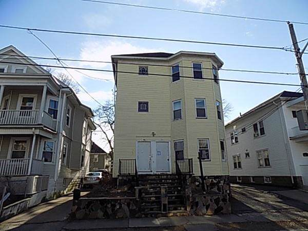 90-92 Georgia Ave, Providence, RI 02905 (MLS #72610969) :: Spectrum Real Estate Consultants