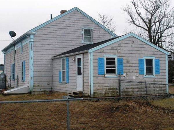 1451 Old Plainville Rd, New Bedford, MA 02745 (MLS #72611767) :: RE/MAX Vantage