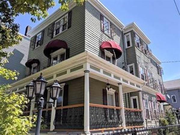 174 Boston St, Boston, MA 02125 (MLS #72612479) :: Driggin Realty Group