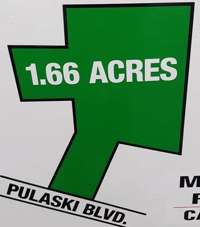 340 Pulaski - Photo 1