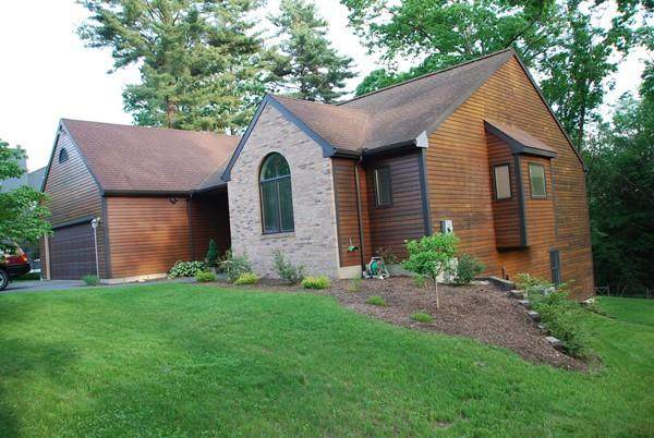 115 Blackberry Ln, Amherst, MA 01002 (MLS #72615506) :: NRG Real Estate Services, Inc.