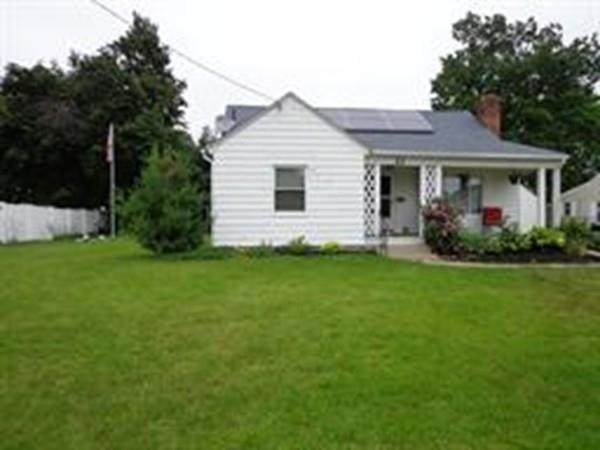 84 Yale St, Ludlow, MA 01056 (MLS #72617001) :: DNA Realty Group