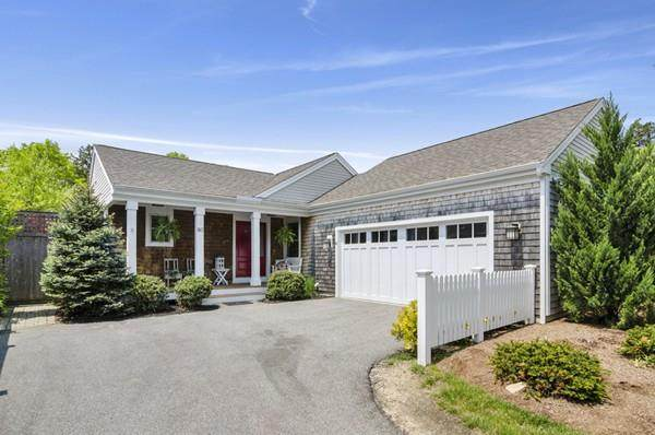 80 Conifer Hill #80, Plymouth, MA 02360 (MLS #72617695) :: Kinlin Grover Real Estate