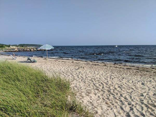 5 Beach St, Mattapoisett, MA 02739 (MLS #72617744) :: RE/MAX Vantage