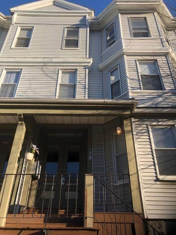 176-178 Hyde Park Ave #2, Boston, MA 02130 (MLS #72617759) :: The Gillach Group